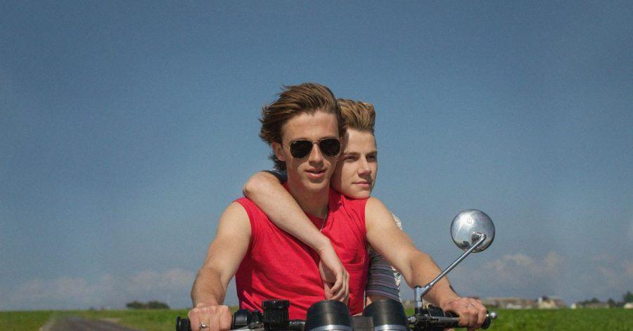 Alexis (Felix Lefebvre)und David (Benjamin Voisin)genießen einen unbeschwerten Sommer