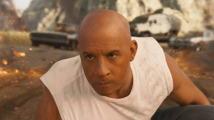 Viele Funken, keine Kratzer: Vin Diesel als nicht totzukriegender Dominic Toretto. (stk/spot)