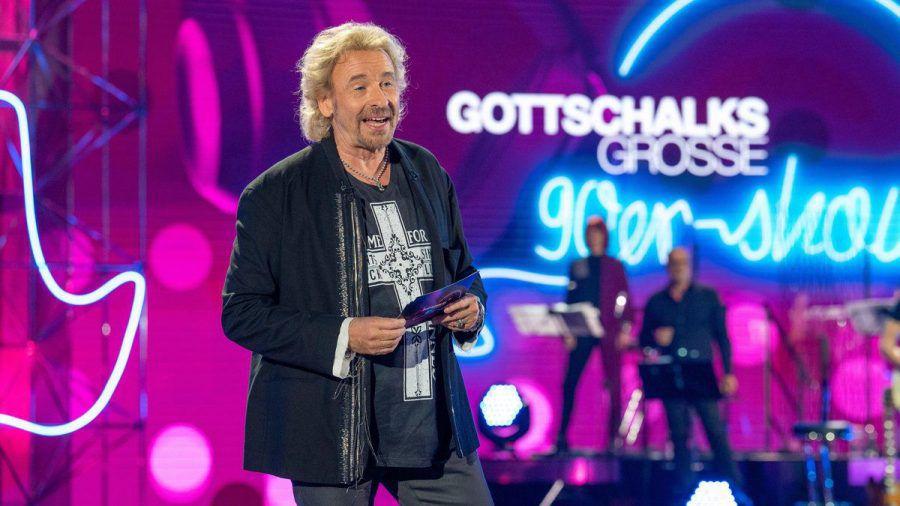 """""""Gottschalks große 90er-Show"""": Thomas Gottschalk präsentiert eine kleine Zeitreise. (cg/spot)"""