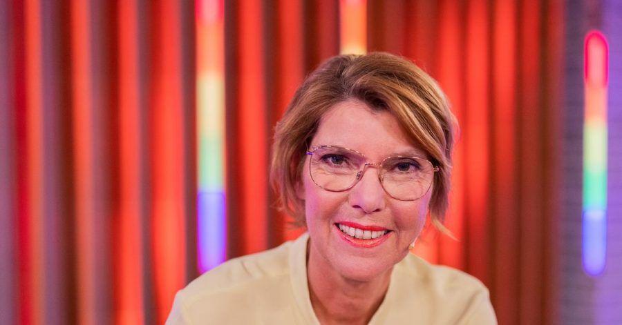 Bettina Böttinger wird 65 - und hat keine Angst mehr vor Schubladen.