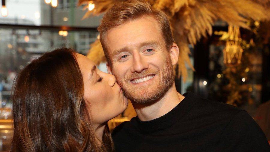 Anna Schürrle, Ehefrau von Ex-Weltmeister André Schürrle, ist zum zweiten Mal schwanger. (dr/spot)