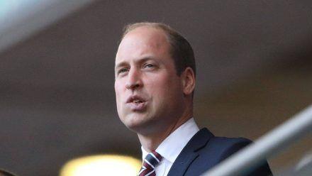 Angespannt verfolgte Prinz William die Partie England gegen Dänemark im Wembley-Stadion. (stk/spot)