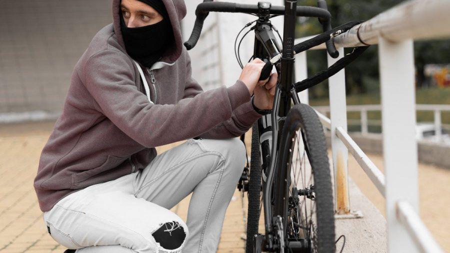 Ein hochwertiges Schloss ist wichtig, um sein Fahrrad vor Diebstahl zu schützen. (spot)
