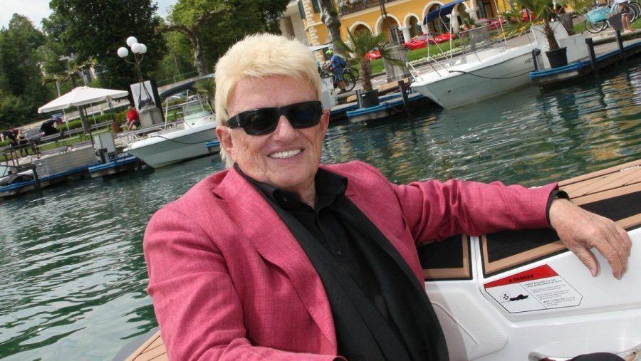 """Heino beim Dreh seines neuen Musikvideos zu """"Holiday am Wörthersee"""". (eee/spot)"""