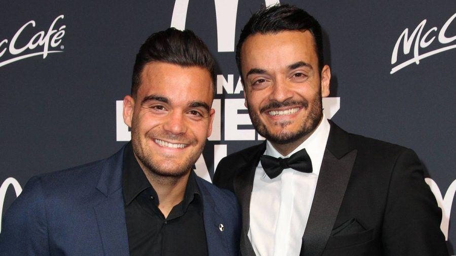 Stefano Zarrella (l.) mit seinem großen Bruder Giovanni Zarrella bei einer Veranstaltung 2018. (rto/spot)