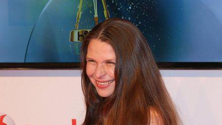 Susanna Wellenbrink ist die Tochter des Melitta-Mannes Egon Wellenbrink und die Halbschwester von Nico Santos. (dr/spot)
