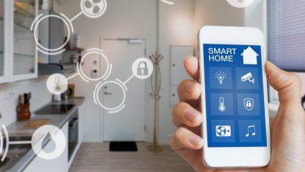 Smart-Home-Geräte lassen sich per App steuern.  (ncz/spot)