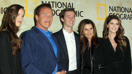 Die Schwarzenegger-Familie bei einem Auftritt auf dem roten Teppich (eee/spot)