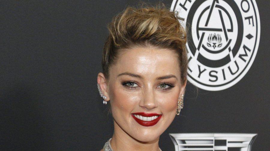 """Amber Heard genießt ihren Alltag als """"Mutter und Vater"""". (jom/spot)"""