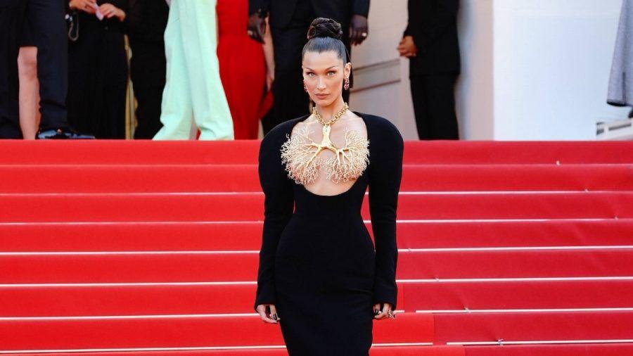 Bella Hadid auf dem roten Teppich in Cannes