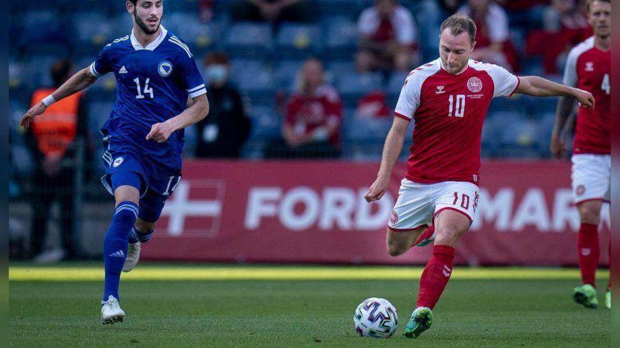Wird wohl vorerst nicht mehr in Italien spielen können: Inter-Mailand-Profi Christian Eriksen hier im Trikot der dänischen Nationalmannschaft. (dr/spot)