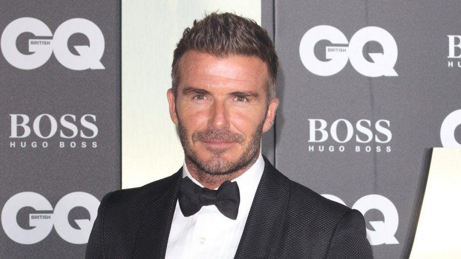 Dieser Look ist passé: David Beckham trägt die Haare nun platinblond. (tae/spot)