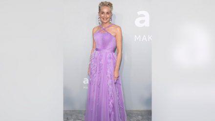 In dieser Robe begeistert Sharon Stone bei der amfAR-Gala. (nra/spot)