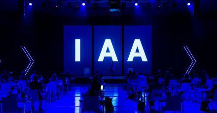 Ungeachtet der Absage des Oktoberfests soll die Internationale Automobilausstellung IAA im September in München wie geplant stattfinden. Einige große Hersteller fehlen allerdings.