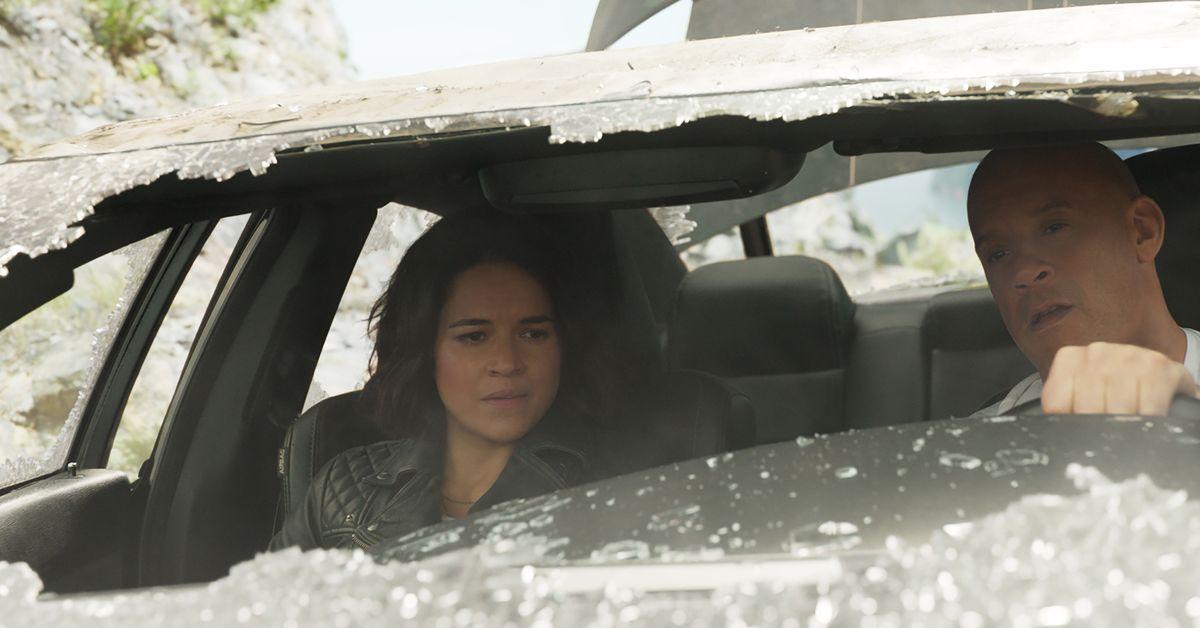 """Filmkritik """"Fast & Furious 9"""": Ohne Gurt und ohne Schwerkraft"""