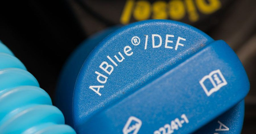 Hier wird AdBlue nachgefüllt.