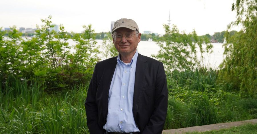 Der Journalist Stefan Aust wird 75.