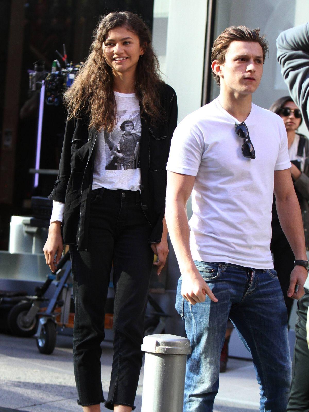 Zendaya und Tom Holland beim Knutschen erwischt - sind sie ein Paar?