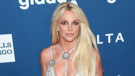 Britney Spears zeigt sich weiterhin Oben-ohne auf Instagram