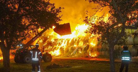 Polizei und Staatsanwälte gehen davon aus, dass ein Mitglied der Freiwilligen Feuerwehr Brände gelegt hat.