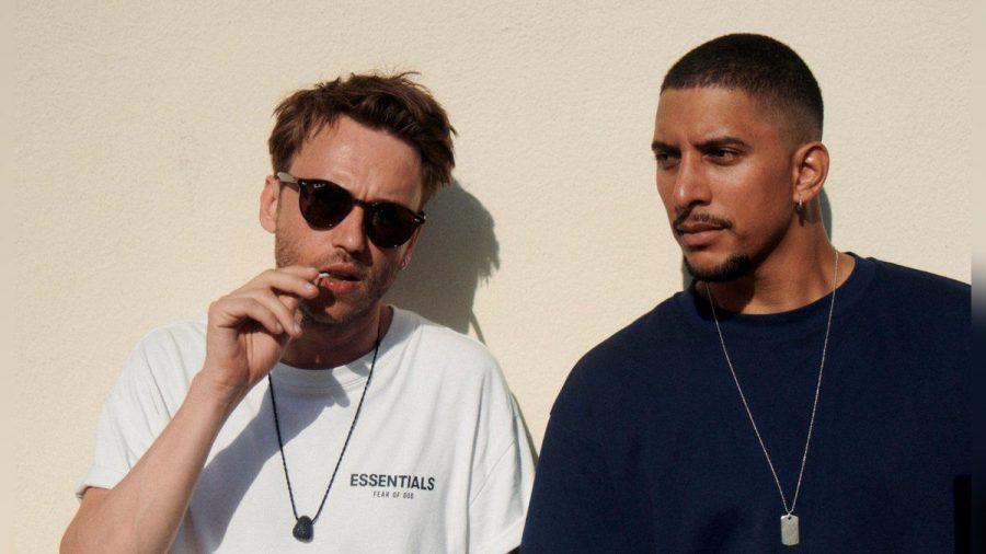 Clueso und Andreas Bourani (re.) haben gemeinsam einen Song aufgenommen.  (amw/spot)
