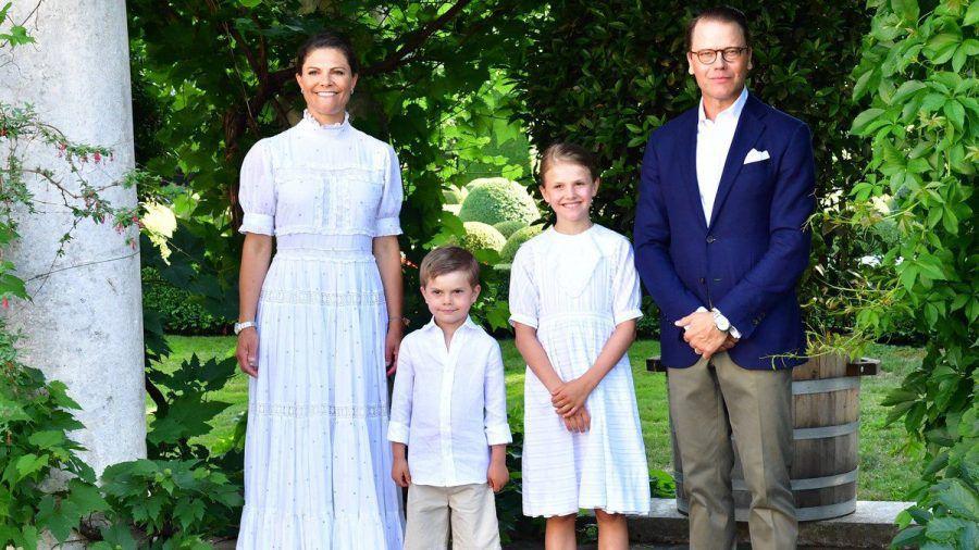 Victoria von Schweden mit ihrer Familie (jom/spot)