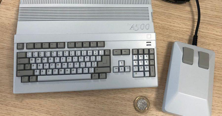 Gleiche Form, neue Größe:Der The A500 Mini kommt als Neuauflage des Amiga 500 von 1987 Anfang 2022 in den Handel.