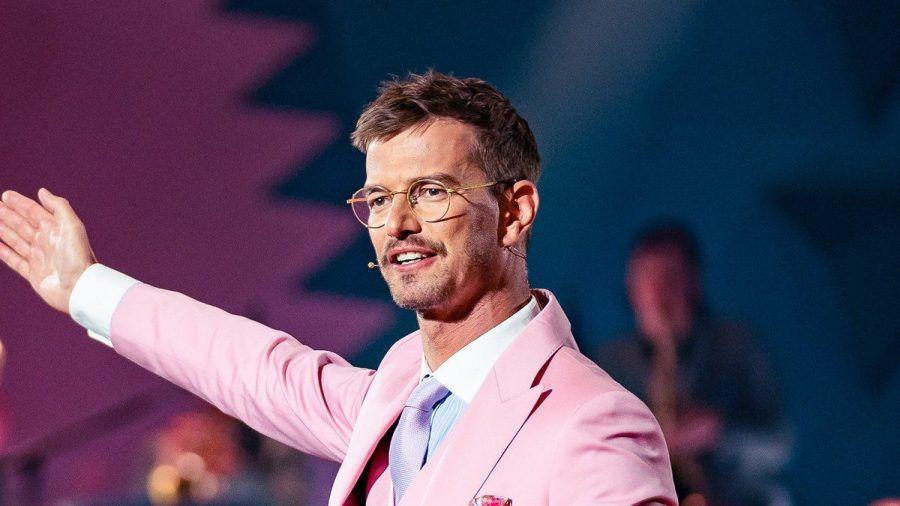 Nicht nur Siegertyp, sondern auch Gentleman: Joko Winterscheidt.  (stk/spot)