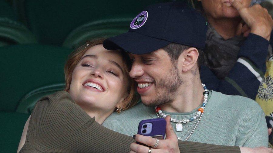Phoebe Dynevor und Pete Davidson Anfang Juli in Wimbledon (wue/spot)