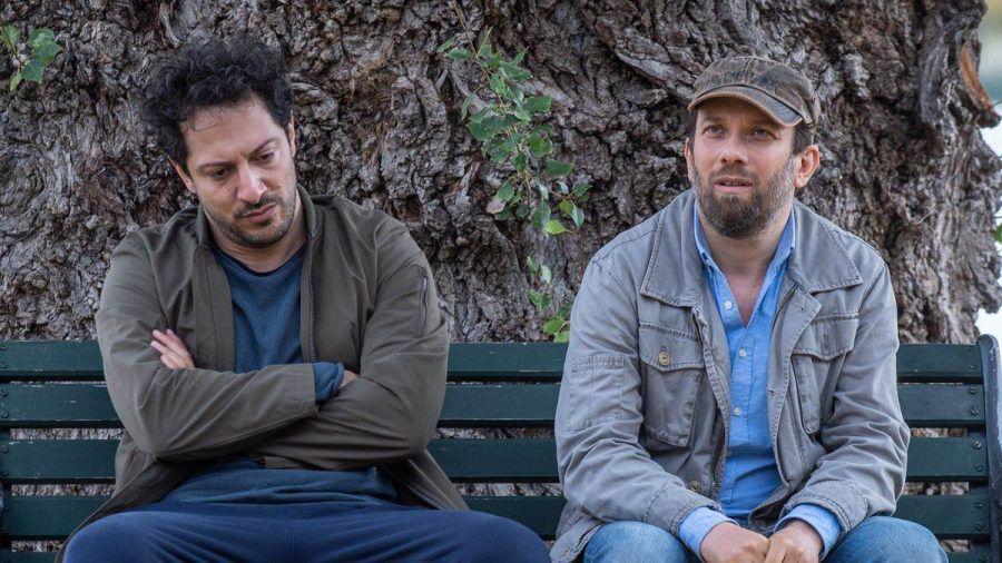 """Fahri Yardim und Christian Ulmen (r.) in der vierten Staffel von """"jerks."""" (wue/spot)"""