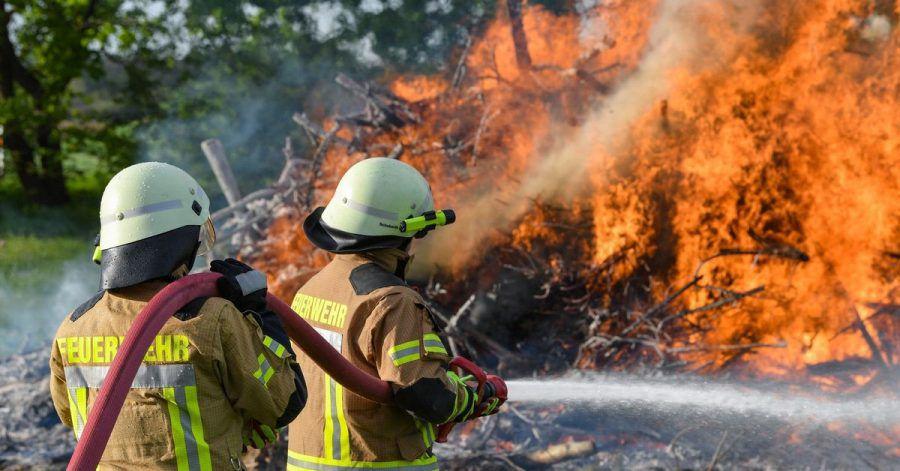 In der Regel wird das Ehrenamt außerhalb der Arbeitszeit ausgeübt. Sonderregelungen zur Freistellung gibt es etwa für die Freiwillige Feuerwehr.