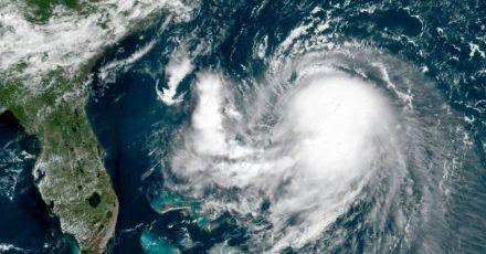 Hurrikan «Henri» nähert sich den USA.