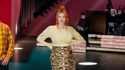 """Palina Rojinski hatte Joko Winterscheidt schon in der ersten Staffel von """"Wer stiehlt mir die Show?"""" herausgefordert. (stk/spot)"""
