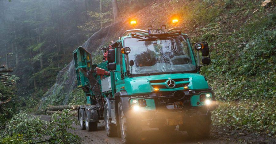 Daimlers Unimog ist auch in der Holzwirtschaft ein gern genutztes Einsatzfahrzeug.