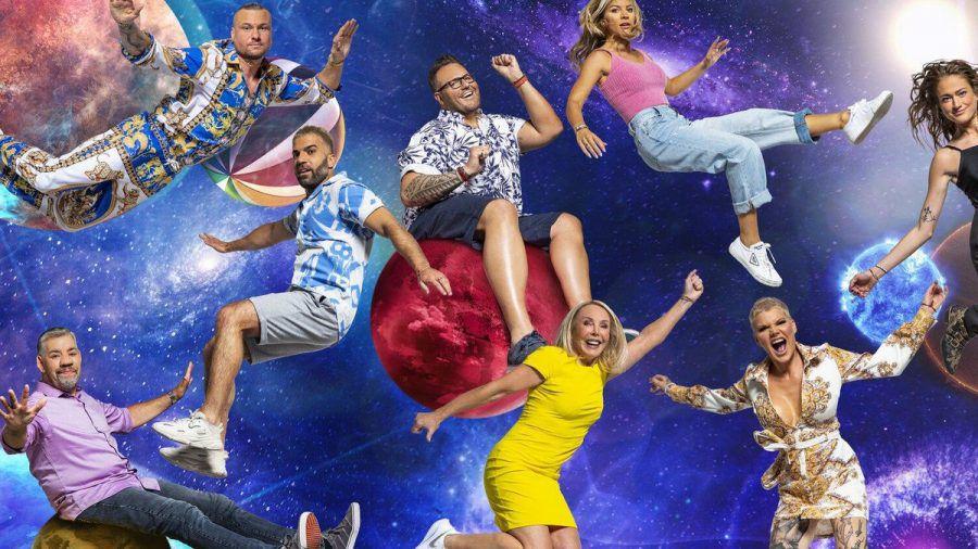 """""""Promi Big Brother"""" (v.l.): Eric Sindermann, Daniel Kreibich, Ina Aogo, Mimi Gwozdz; Uwe Abel, Rafi Rachek, Heike Maurer und Melanie Müller sind die ersten acht Bewohner (rto/spot)"""