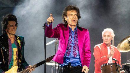 The Rolling Stones (v.l.): Ronnie Wood, Mick Jagger, Charlie Watts und nicht im Bild Keith Richards. (ili/spot)