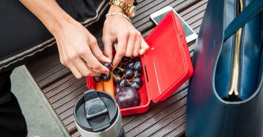 Trauben sind ein idealer Snack für zwischendurch - der enthaltene Frucht- und Traubenzucker liefert schnell Energie.
