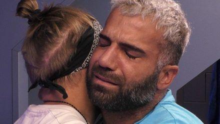 """""""Promi Big Brother"""": Rafi verabschiedet sich von Danny. (hub/spot)"""