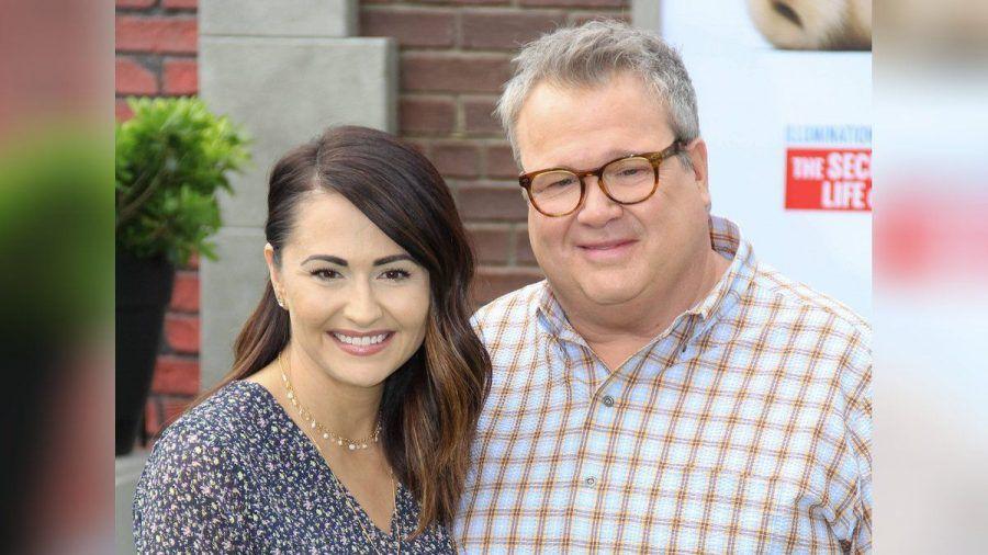 """Eric Stonestreet mit seiner Verlobten Lindsay Schweitzer im Juni 2019 bei der Premiere von """"Pets 2"""".  (smi/spot)"""