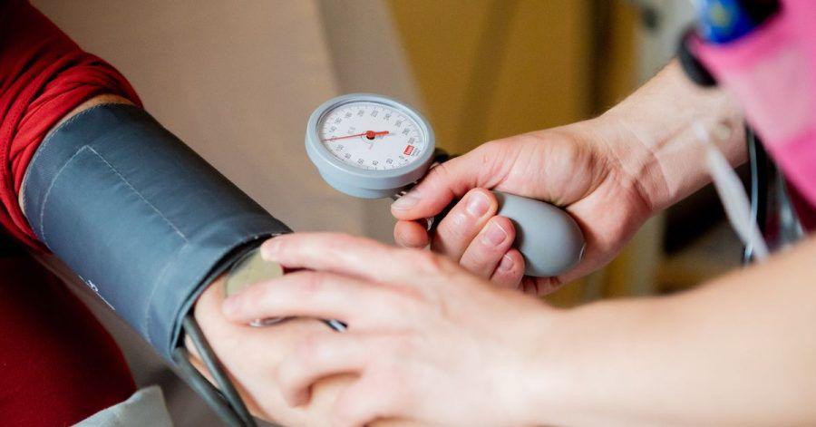 Fast jeder zweite Mensch mit Bluthochdruck weltweit weiß nach neuen Studienergebnissen nichts von seiner lebensgefährlichen Krankheit.
