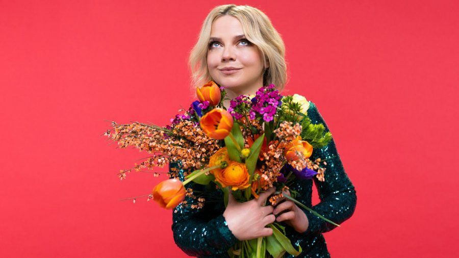 """Annett Louisan singt Udo Jürgens' Song """"Vielen Dank für die Blumen"""". (tae/spot)"""
