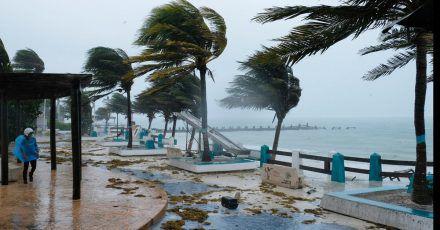 Der Hurrikan «Grace» hat auf der bei Urlaubern beliebten mexikanischen Halbinsel Yucatán bereits weitreichende Stromausfälle verursacht.