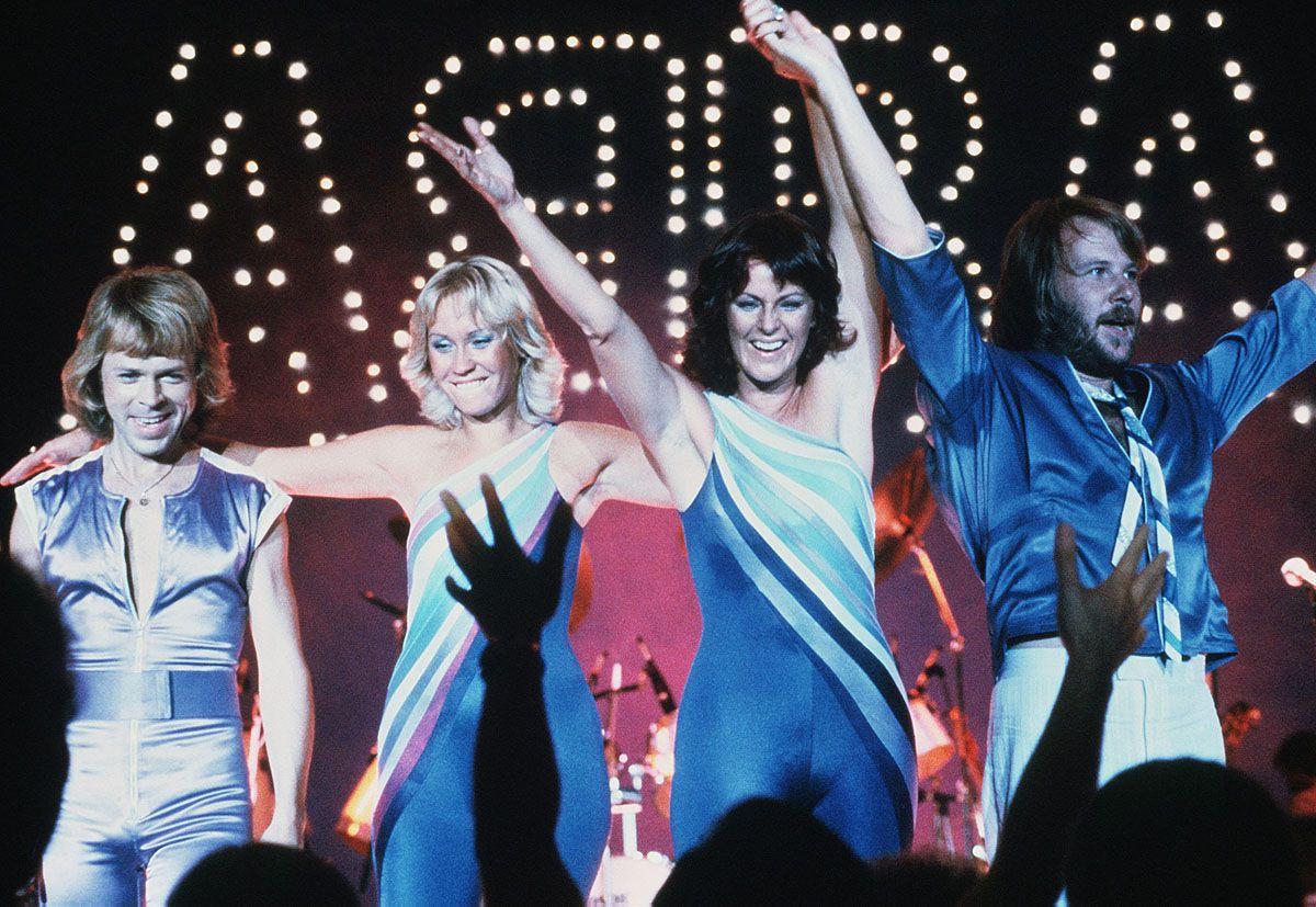 Der ikonische ABBA-Style: Von Kitsch zu Kult