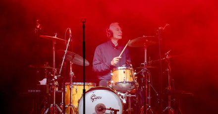 Drummer Charlie Watts bei einem Konzert in Hamburg 2017.
