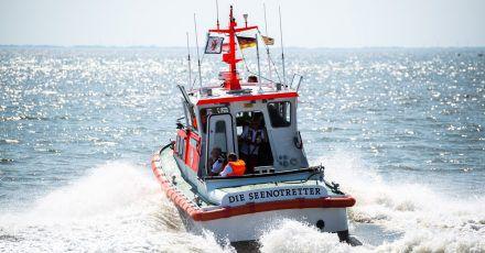 Ein Schiff Deutschen Gesellschaft zur Rettung Schiffbrüchiger (Symbolbild).