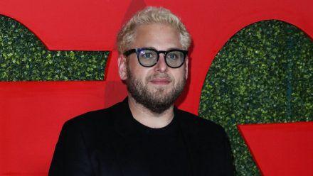 Schon des Öfteren zeigte sich Jonah Hill mit blonden Haaren, hier zum Beispiel im Jahr 2018. (stk/spot)