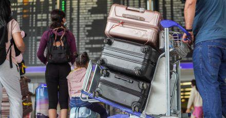 Abflug ins Ungewisse: Welche Regeln für Reisende ins außereuropäische Ausland gelten, unterscheidet sich je nach Land.