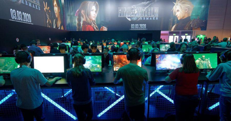 Gerade jüngere Menschen schauen sich gern andere Spieler in Gaming-Livestreams an.