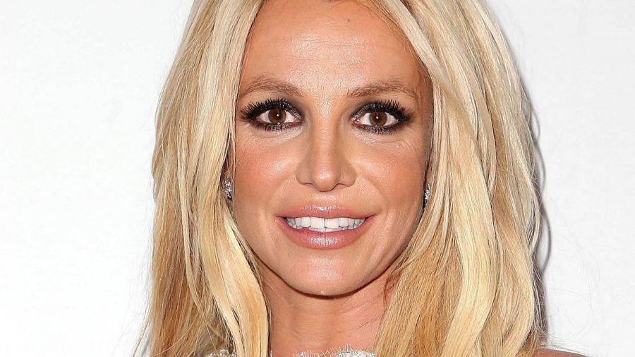 """Britney Spears nicht schwanger: """"Größere Brüste durch Essen"""""""