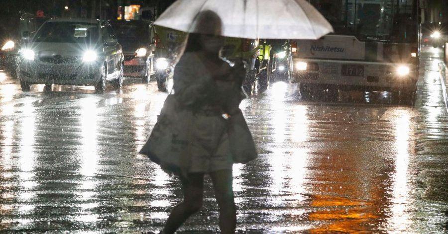 In Japan kommt es zu rekordstarke Regenfällen.